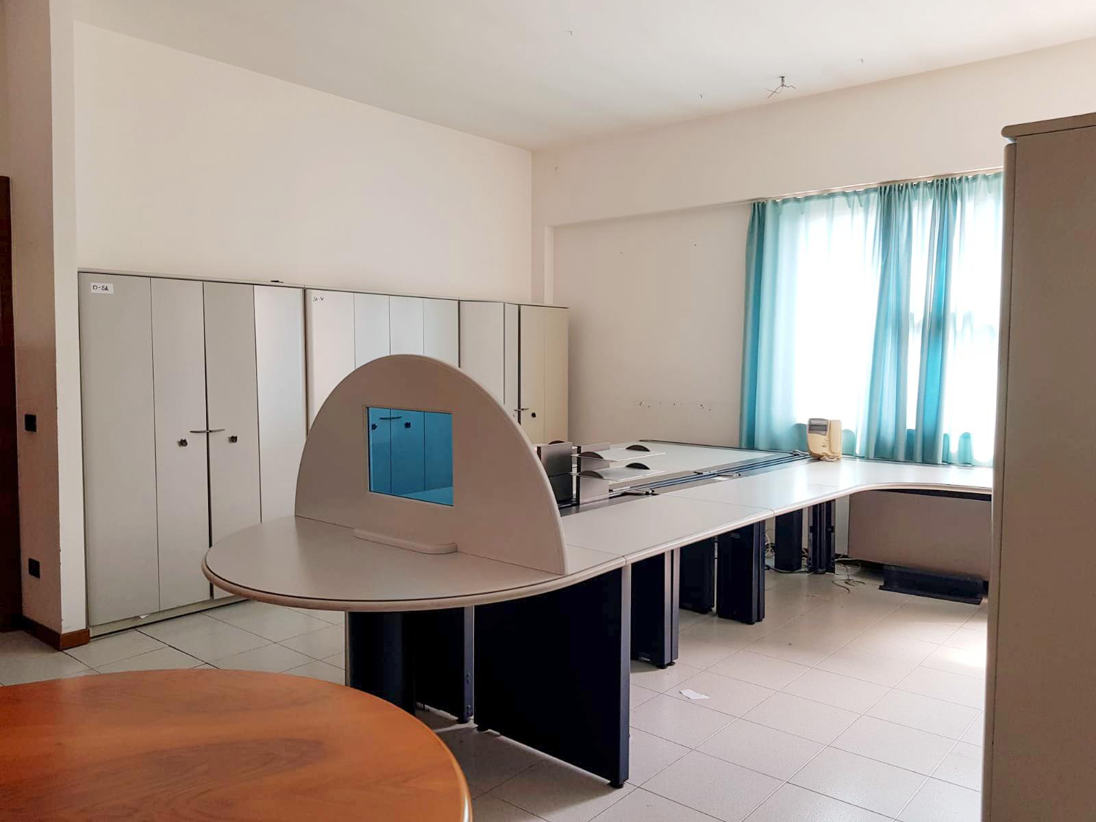 Ufficio In Affitto A San Giovanni Lupatoto