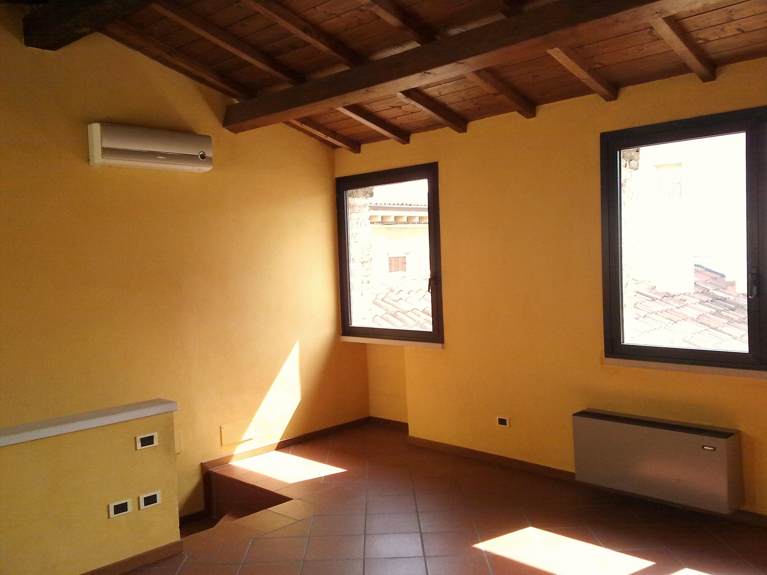 Affitto Appartamento Centro Storico Verona C069